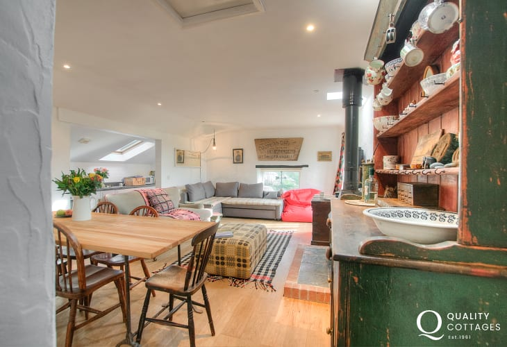 Cottage holiday Stackpole - lounge