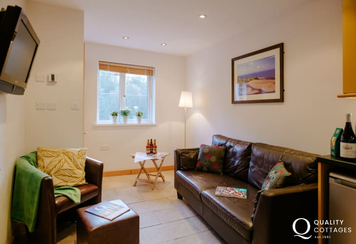 Oxwich holiday on the Gower Peninsula-lounge