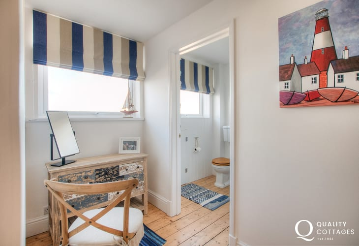 Aberaeron holiday cottage - 2nd floor bedroom