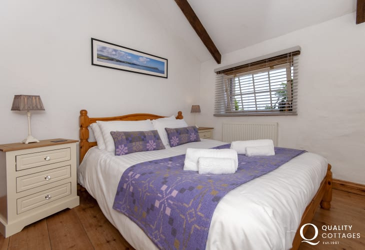 Solva barn conversion sleeps 9 - double bedroom