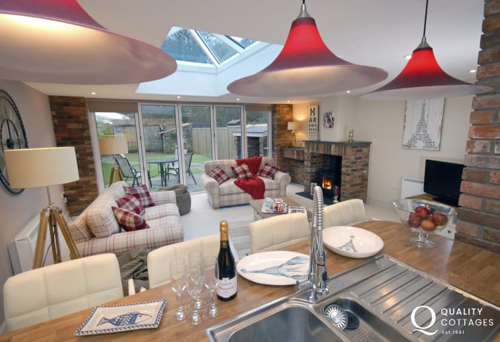 Little Haven holiday cottage - open plan kitchen/living room