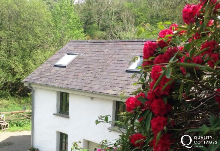 Rural holiday cottage Wales - exterior