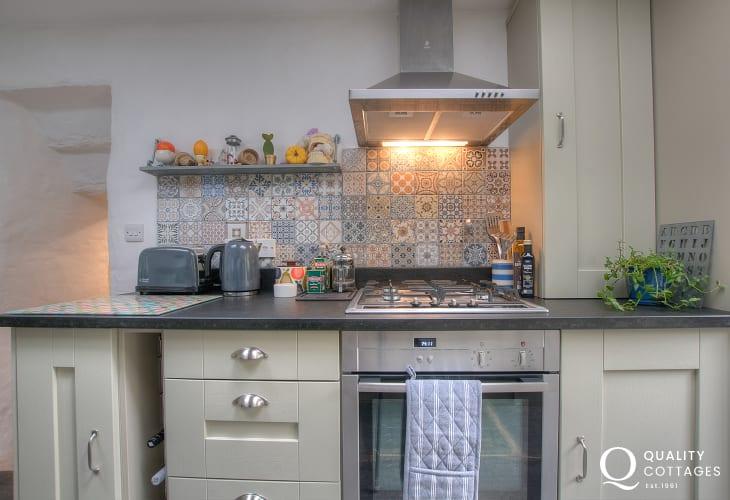 Ceredigion holiday cottage sleeps 3 - kitchen