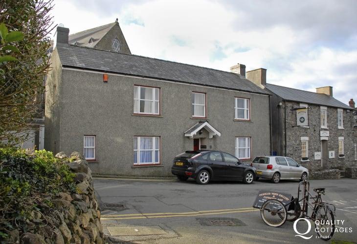 External view of Allt Yr Afon cottage, St David's
