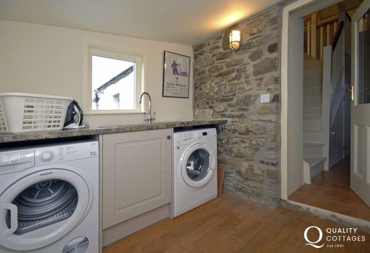St Davids holiday cottage - utility room
