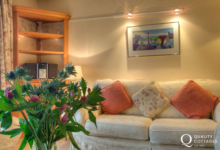 Pet friendly accommodation St Davids - lounge