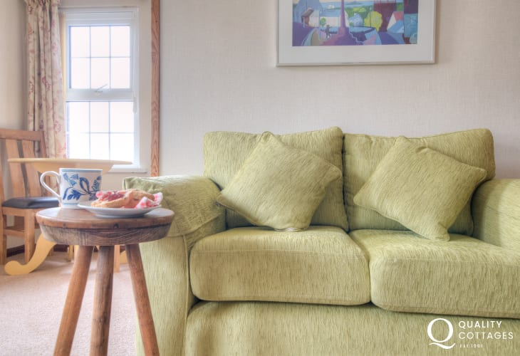 Self catering St Davids - lounge