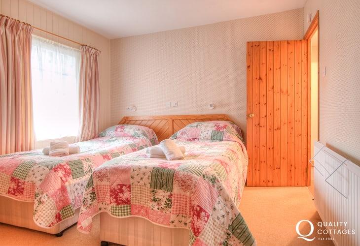 St Davids self catering - bedroom