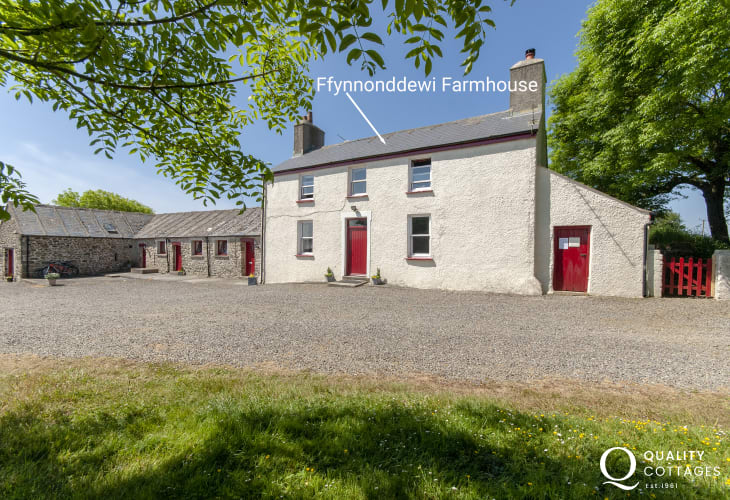 Ffynnonddewi Farmhouse and Ty Dewi Barn can be booked together to accommodate 15 guests