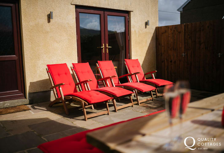 Garden loungers holiday cottage Henrhyd Falls