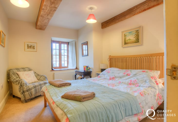 Hay on Wye holiday cottage - double bedroom ground floor