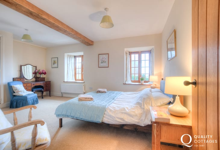 Hay on Wye holiday house - double bedroom