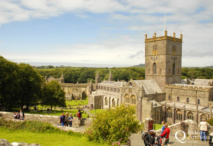 St Davids medieval Cathedral and the ruined Bishops Palace lie in the heart of Britain's smallest city