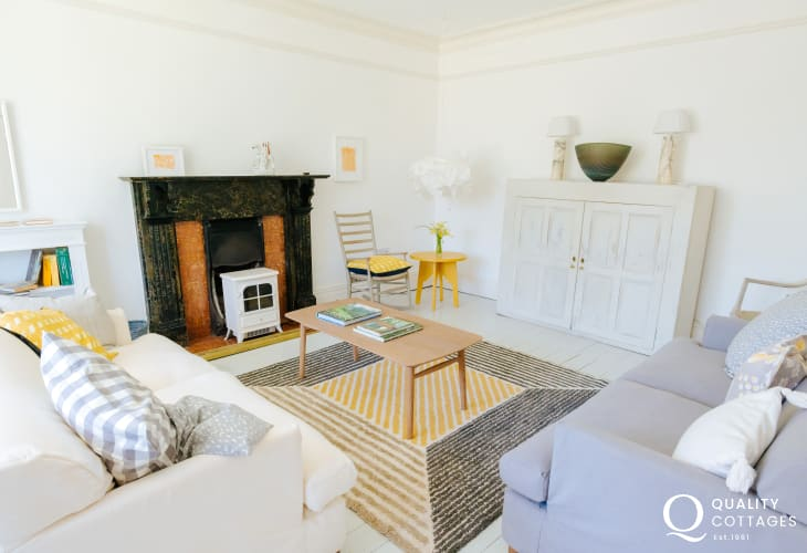 Lounge sofas, easy chairs and wood burner