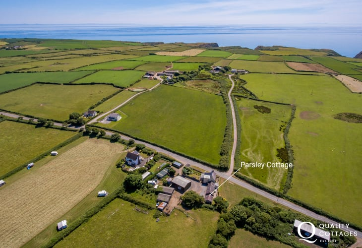 Holiday cottage over looks out over Rhossili Down sleeps 4
