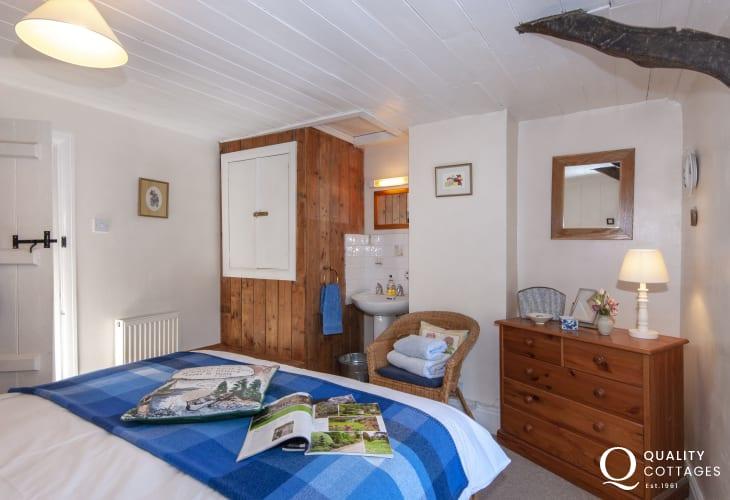 Newport, coastal cottage master bedroom with wash basin
