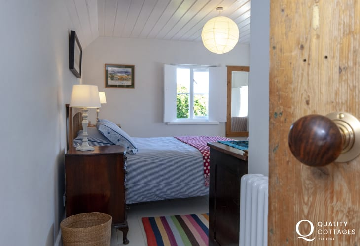 Lovingly restored Welsh cottage near Whitesands