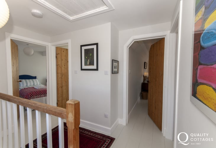 St Davids Peninsula holiday cottage - landing
