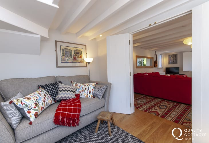 St Davids Welsh holiday cottage with snug and wifi