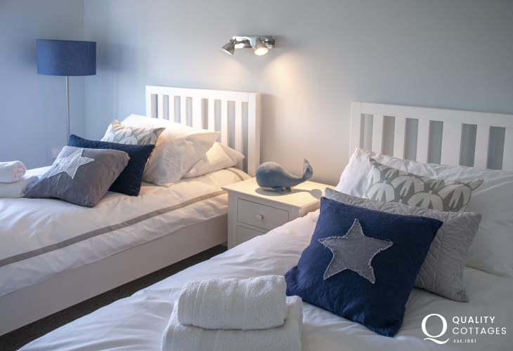 Newgale Sands holiday home with luxury 100% cotton bedding