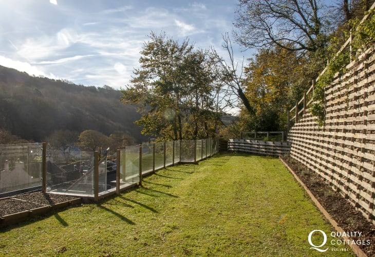 Solva village holiday home - raised garden lawn/terrace with views over the valley