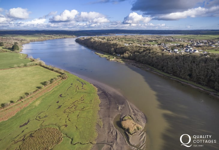 Secluded location on the western banks of the River Cleddau