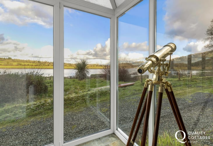 Perfect location for nature lovers and bird watchers with views of the tidal river