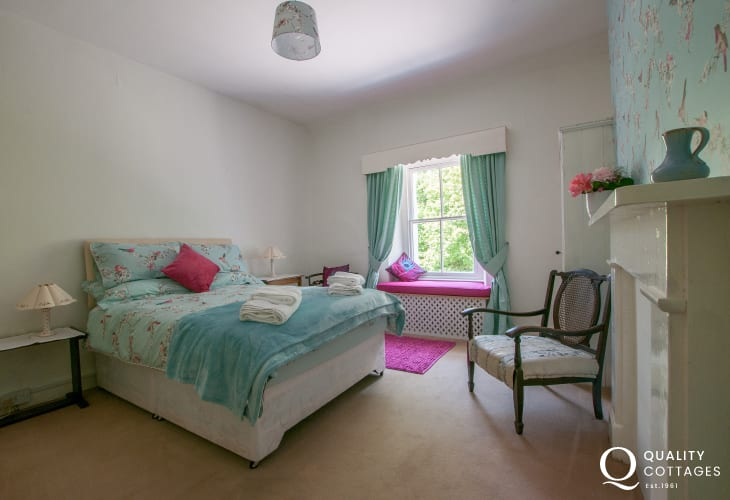 Holiday cottage Snowdonia - 1st floor double bedroom