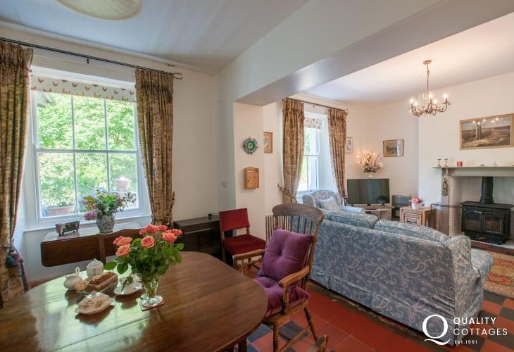 Pet friendly cottage Snowdonia  - lounge