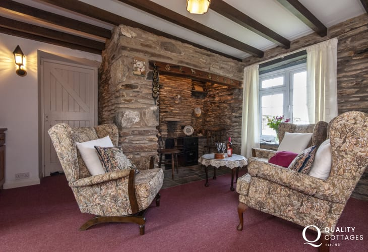 Cosy North Pembrokeshire coastal cottage - snug with original feature fireplace