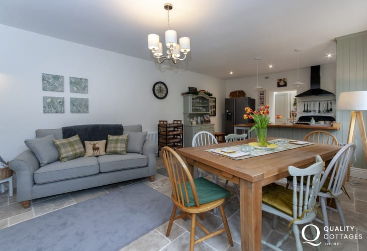 West Wales riverside holiday cottage with open plan kitchen/diner/sitting room
