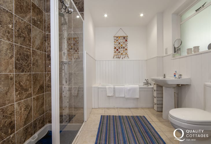 Solva holiday cottage - family bathroom with large walk in shower