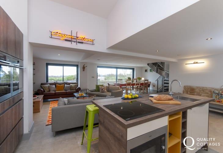 Coastal holiday cottage near St. David's, Pembrokeshire - modern open plan kitchen with island
