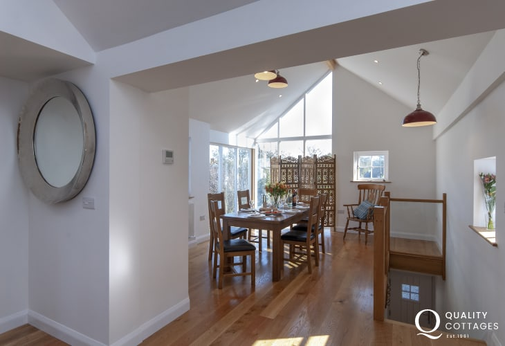 Porthgain self catering - first floor Loft with oak floors and furniture