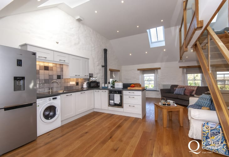 Self catering coastal cottage Pembrokeshire - luxury open plan kitchen/living room