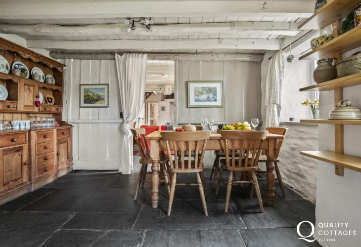 Newcastle Emlyn cottage holiday - dining area pine table chairs and Welsh dresser