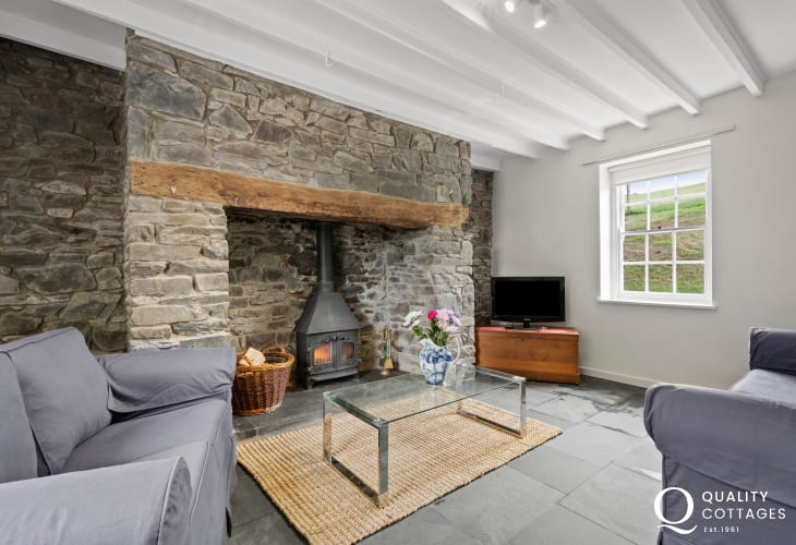 Relax after a day in the fresh country air in the delightful welcoming sitting room