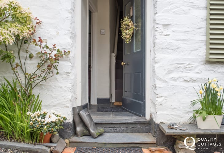 Snowdonia holiday cottage  - doorstep