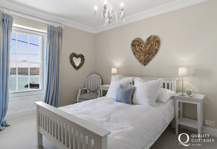 Georgian seaside town Aberaeron - Double Room double bed, bedside tables, lamps, range of built in wardrobes