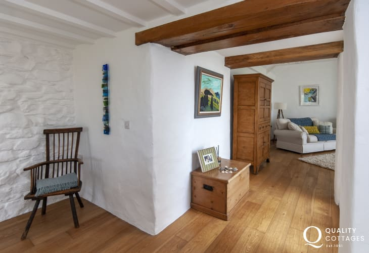 Abereiddy restored Welsh holiday cottage with Oak beams