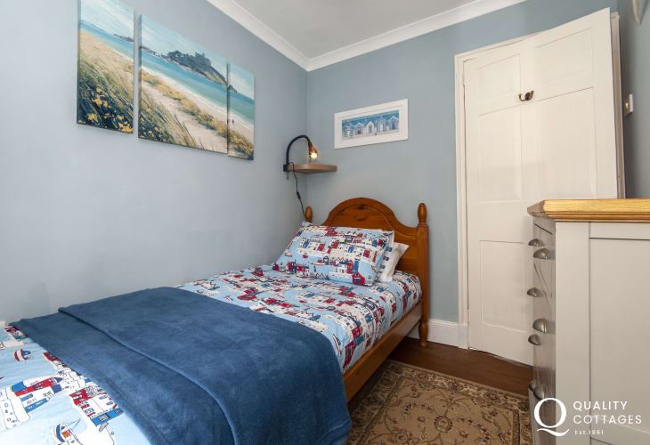 Pembrokeshire cottage for rent sleeps 7 - single