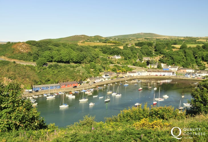 The Marine Walk nearby takes your round the coast down to the harbour at Lower Town