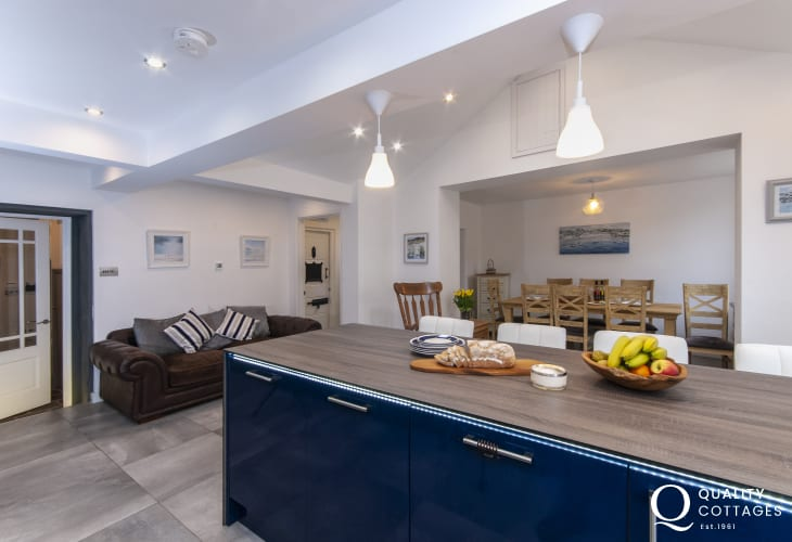 Self catering Fishguard  - modern open plan kitchen/diner