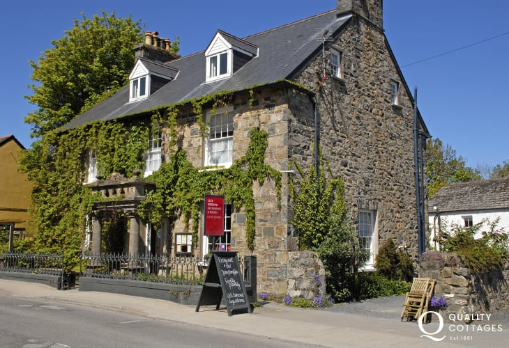 Llys Meddyg Restaurant and Cellar Bar, Newport serves the finest dishes made from locally sourced ingredients