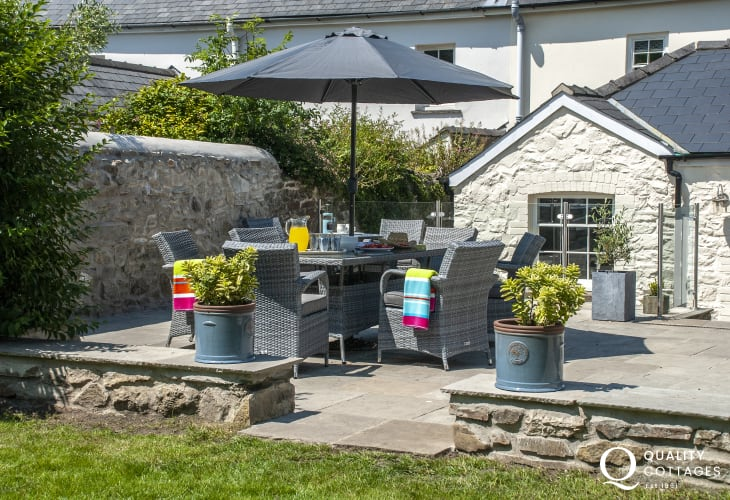 Strumble Head cottage with rattan garden furniture