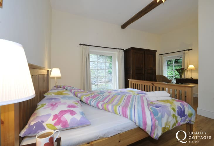Hay on Wye holiday cottage - bedroom