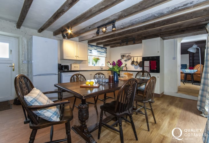 Self catering Pembrokeshire cottage -  kitchen/diner with patio doors to the garden