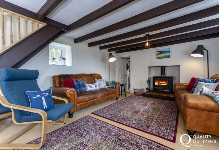 Porthgain pet friendly holiday cottage - living room with wood burner