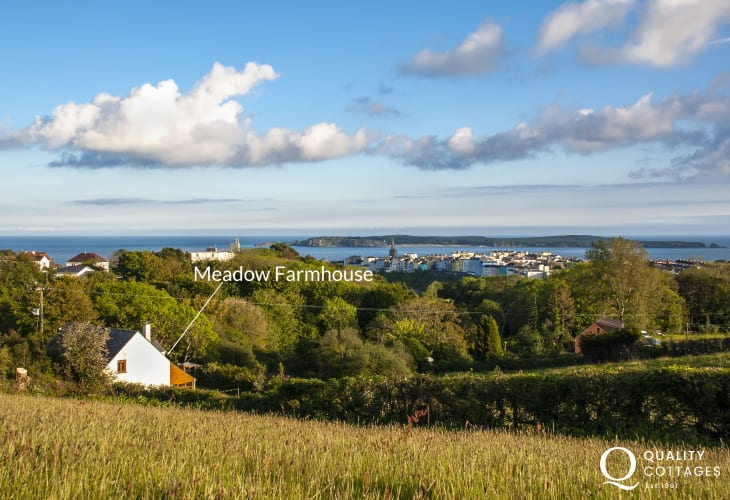 Pet-friendly holiday cottage five-minute walk to North Beach