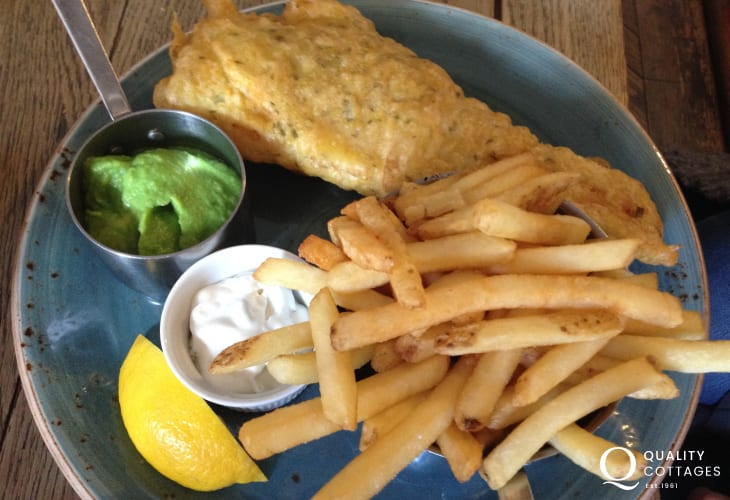 The Swan Inn - offers excellent freshly prepared food - highly recommend the fish'n'chips